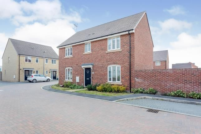 4 bed detached house for sale in Cuba Crescent, Newton Leys, Milton Keynes, Buckinghamshire MK3