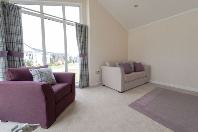 Photo 19 of Oakleigh Park, Weeley, Essex CO16