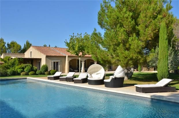 Thumbnail Property for sale in Eygalieres, Alpilles, Provence, 13810
