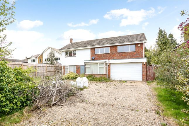 Thumbnail Detached house for sale in The Uplands, Harpenden, Hertfordshire