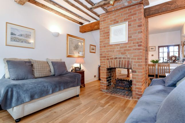 Thumbnail Terraced house for sale in Friday Street, Henley-On-Thames
