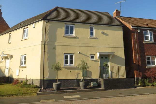 Thumbnail Semi-detached house to rent in Garrick Road, The Oakalls, Bromsgrove