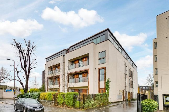 Thumbnail Flat for sale in Old Devonshire Road, London
