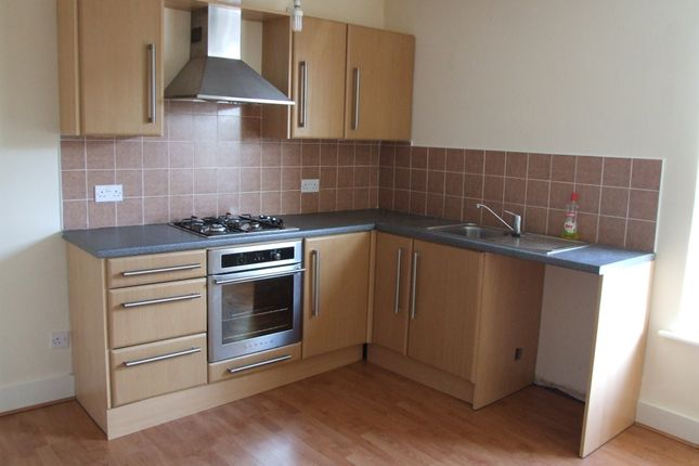 Thumbnail Flat to rent in Market Street, Hyde