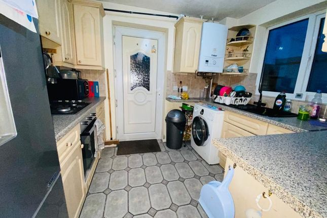 Kitchen of Quick Hill Road, Stenson Fields, Derby DE24