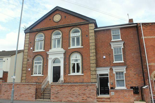 1 bed flat to rent in Birmingham Road, Bromsgrove, Worcestershire