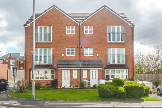 1 bed flat for sale in Pendlebury Close, Walsall WS2