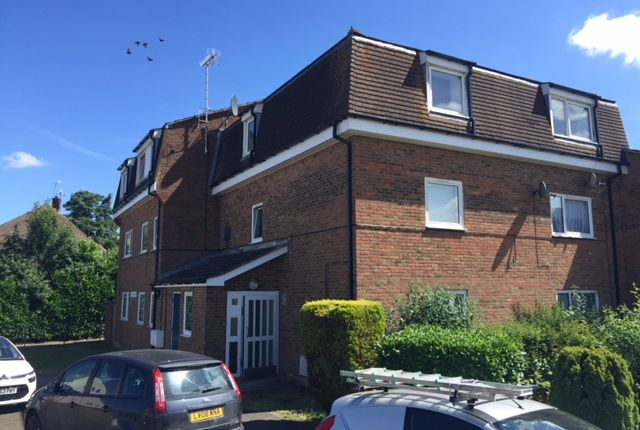 Thumbnail Flat to rent in Sutton Court, Marden