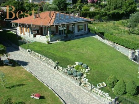 4 bed detached house for sale in Lenno, Lake Como, Lombardy, Italy