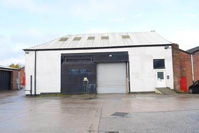 Thumbnail Light industrial to let in Unit 23, Moss Lane, Royton, Oldham