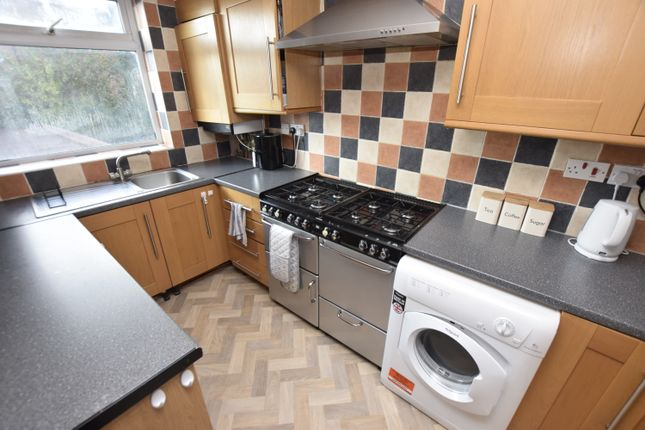 Thumbnail Flat to rent in Humbleton Drive, Kingsway, Derby