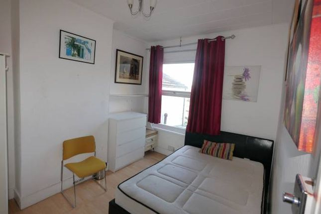 Thumbnail Shared accommodation to rent in Plumstead High Street, Plumstead