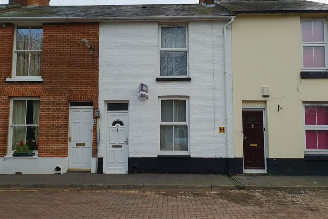 Terraced house to rent in Alma Street, Canterbury