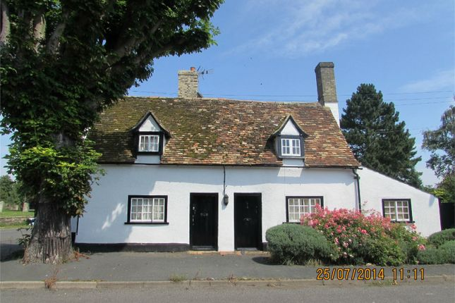 Thumbnail Cottage to rent in Lees Lane, Southoe, St. Neots