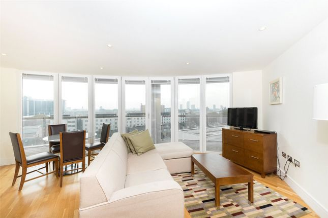 Thumbnail Property for sale in Trinity Tower, 28 Quadrant Walk, Canary Wharf, London