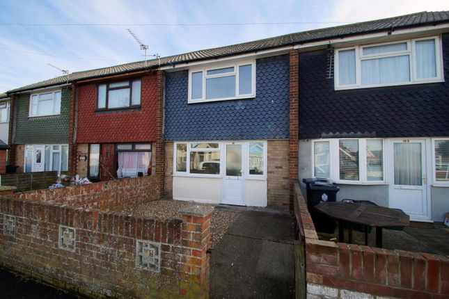 Thumbnail Property to rent in Broadway, Jaywick, Clacton-On-Sea