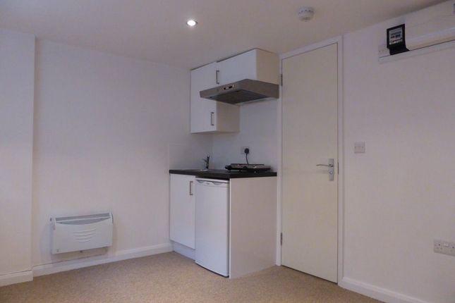 Studio to rent in Middle Street, Brighton