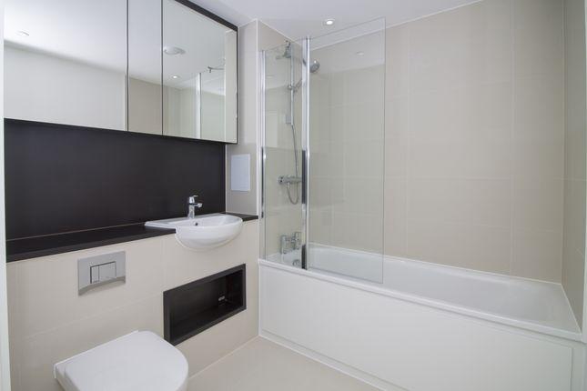 Bathroom of Tiggap House, Enderby Wharf, Greenwich SE10