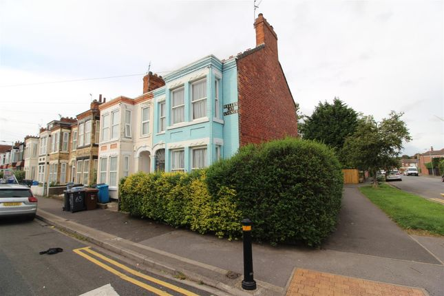 Thumbnail End terrace house for sale in Wellesley Avenue, Beverley Road, Hull