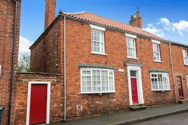 4 bed end terrace house for sale in High Street, Scotter, Gainsborough