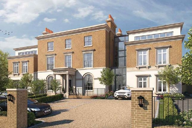 Thumbnail Flat for sale in St Michael's House, St Cross Road, Winchester, Hampshire