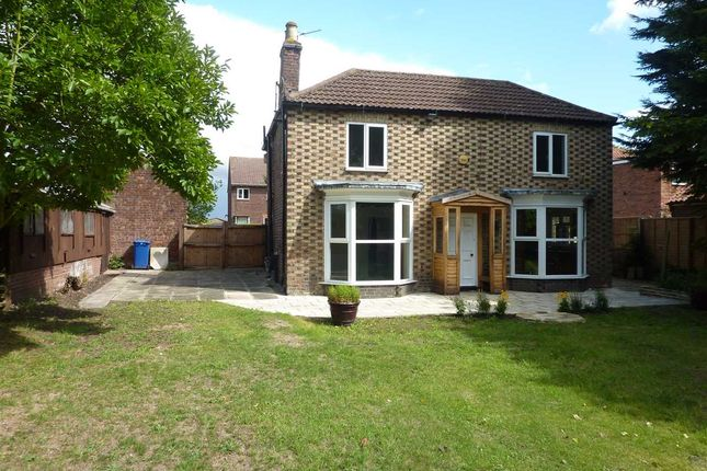 Thumbnail Detached house for sale in Cissplatt Lane, Keelby, Near Grimsby