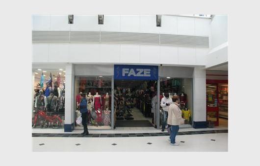 Thumbnail Retail premises to let in Unit 13B Wulfrun Centre, Wolverhampton