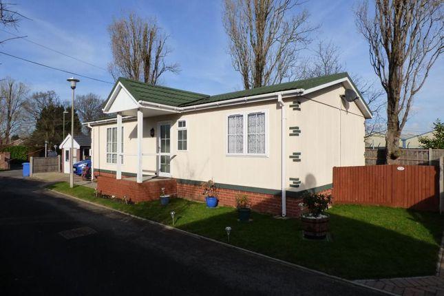 Thumbnail Mobile/park home for sale in Hawley Lane, Farnborough