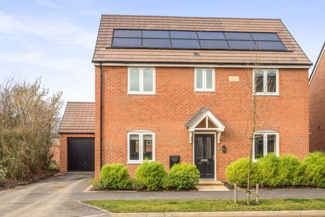 Thumbnail Detached house for sale in Grantham Road, Wellesbourne, Warwick