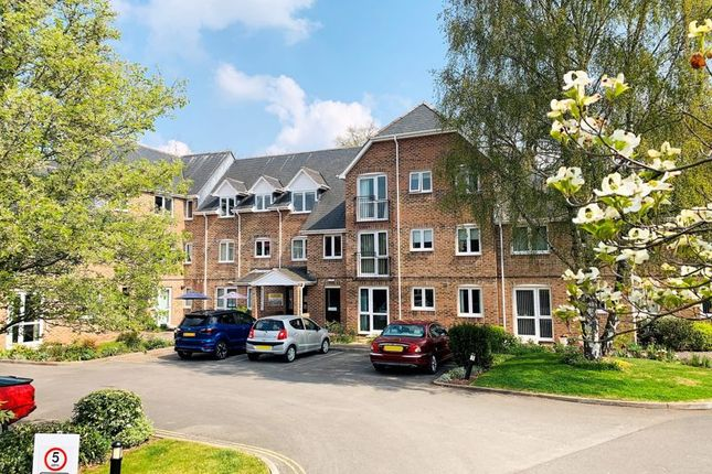 Property for sale in The Avenue, Taunton