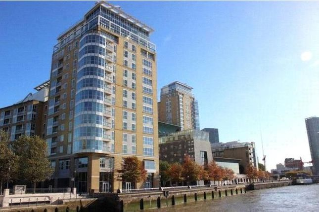 Thumbnail Flat to rent in Berkeley Tower, Canary Wharf, 48 Westferry Circus, London