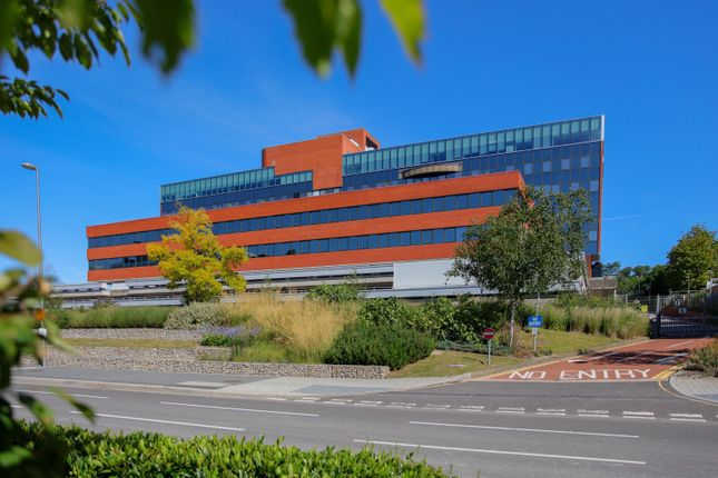 Thumbnail Office to let in Eni House, Basing View, Basingstoke