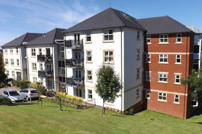 Thumbnail Flat to rent in Cleave Road, Sticklepath