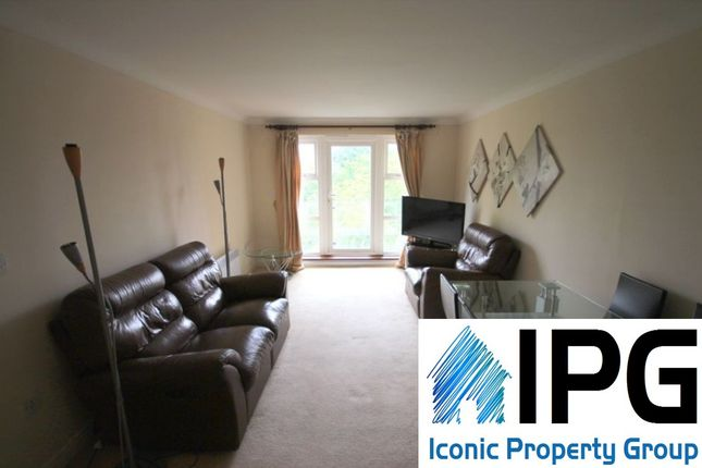 2 bed flat to rent in Glebelands Close  Finchley Central  London2 bed flat to rent in Glebelands Close  Finchley Central  London  . 2 Bedroom Flats For Rent In Central London. Home Design Ideas