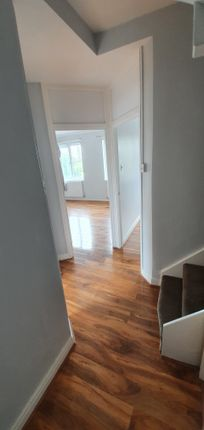 Photo 13 of Chigwell Road, Woodford Green IG8
