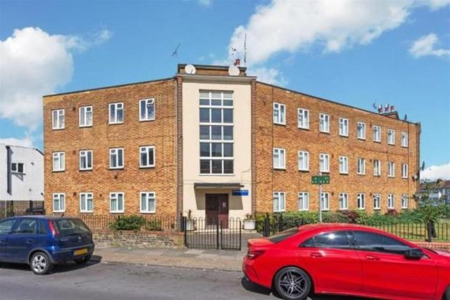 Thumbnail Flat for sale in St Mary's Road, Edmonton, London