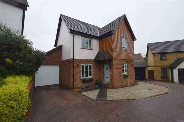 Thumbnail Detached house for sale in Redwood Drive, Steeple View, Basildon, Essex
