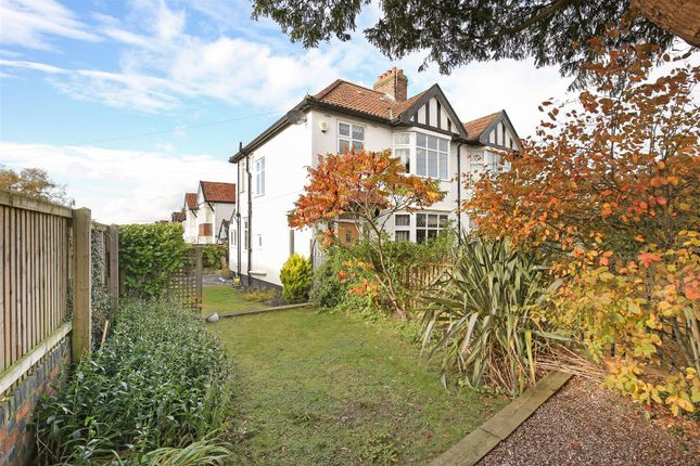 3 bed property for sale in Park Grove, Westbury-On-Trym, Bristol BS9