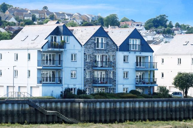 Thumbnail Flat for sale in Town Quay, Wadebridge