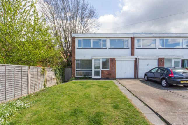 Thumbnail Property to rent in Cowdrey Place, Canterbury
