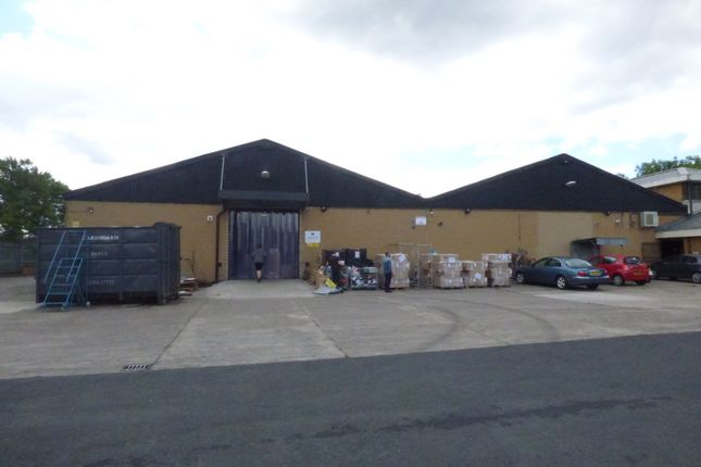 Thumbnail Industrial to let in Far Cromwell Road, Bredbury