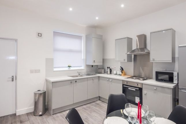 2 bed terraced house to rent in Driffield Street, Rusholme, Manchester M14