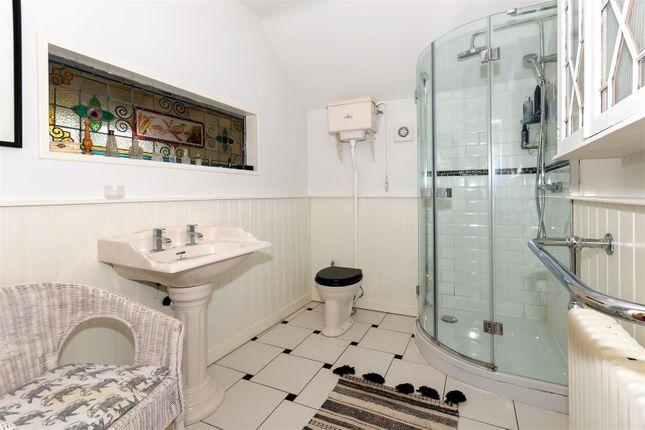 Op - Shower Room of Main Street, Greetham, Oakham LE15