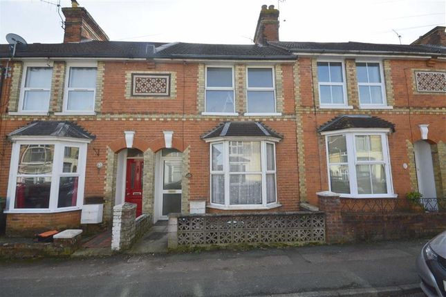 Thumbnail Terraced house to rent in Sussex Avenue, Ashford, Kent
