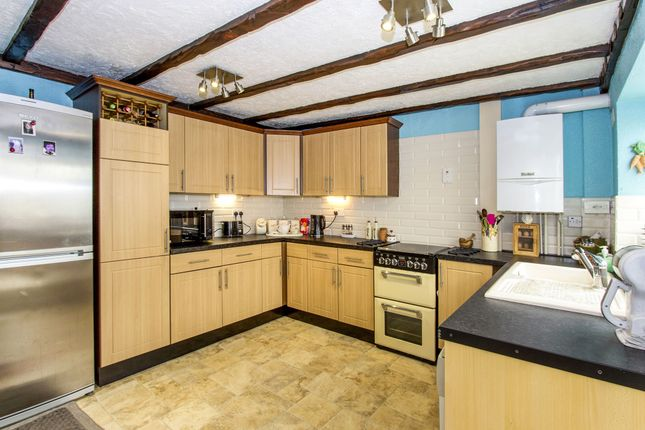 Thumbnail Property for sale in Carvers Lane, Ringwood