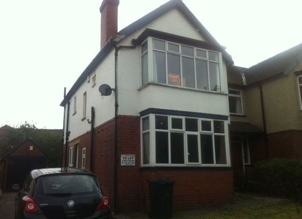 4 bed semi-detached house to rent in St. Annes Road, Leeds