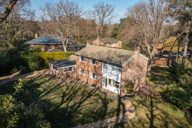 Thumbnail Detached house for sale in Comeragh Close, Hook Heath, Woking