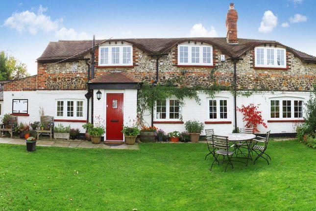 5 bed property to rent in Mill Lane, Ashington, Pulborough