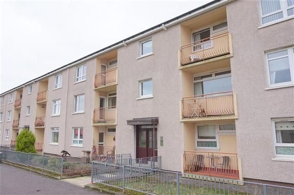 Thumbnail Flat to rent in Glenraith Square, Glasgow