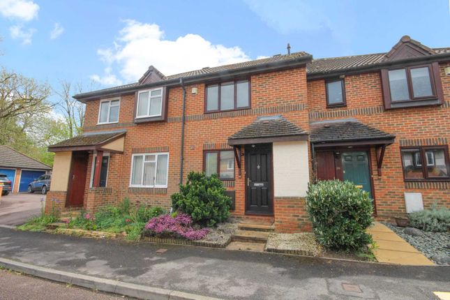 2 bed property to rent in Cooke Rise, Warfield RG42